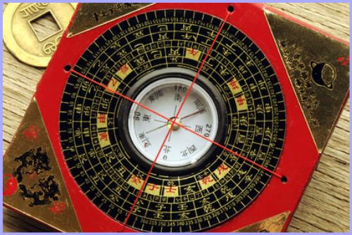 九星気学風水通信講座なら【占い通信講座】フォーチュンレッスン!九星気学・風水講座は、日本で行われている東洋の占いの中でも最も一般的で人気の高い気学を「性運学」「方鑑学」「留年学」に分類し基礎から中級レベルまで分かりすく学べます。風水は、方位の持つ意味・住居・店舗・事務所の間取りの吉凶を学び、陰陽、五行、八卦などの基本的な知識を身につけ、空間の気の巡りの整え方などを学びます。
