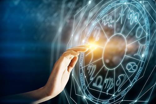 西洋占星術講座は、初めての方から学べる内容になっています。